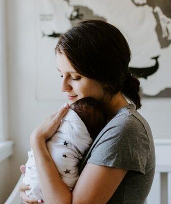 baby og mor